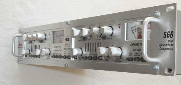DBX 566 Dual-Channel Tube Compressor
